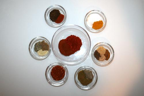 01 - Zutaten für Berber-Gewürzmischung / Ingredients for berbere spice blend