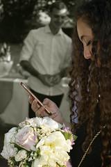 Chéri, tu vas rire… Je te ramène le bouquet de la mariée…