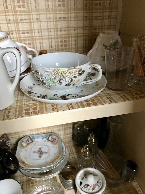 The Estate Sale: the good dishes