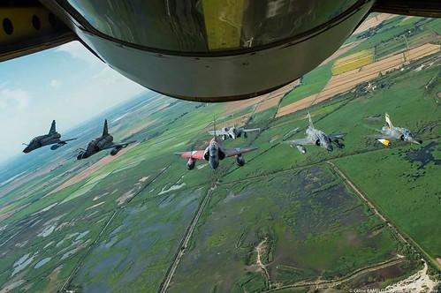 المقاتله الفرنسيه Dassault Mirage 2000  28332429497_42d3b5c106