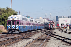 ACE 6 passes Caltrain 156