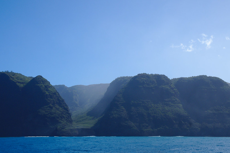 Green valleys, Nā Pali coast