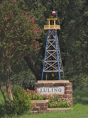 Luling entry sign-p1
