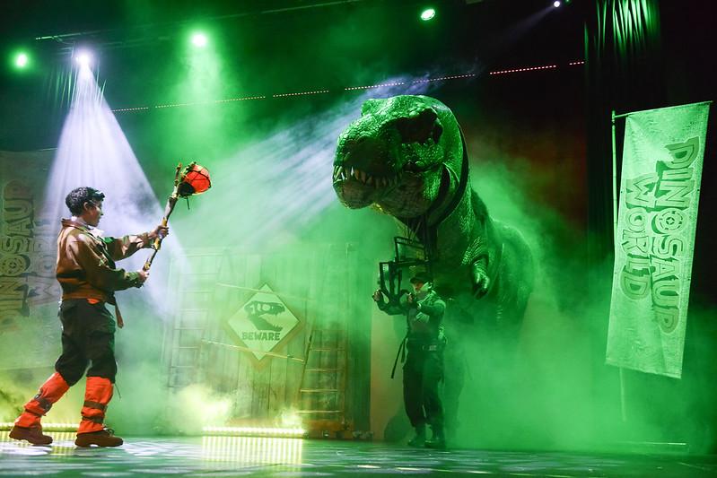 Dinosaur World Live! 2018