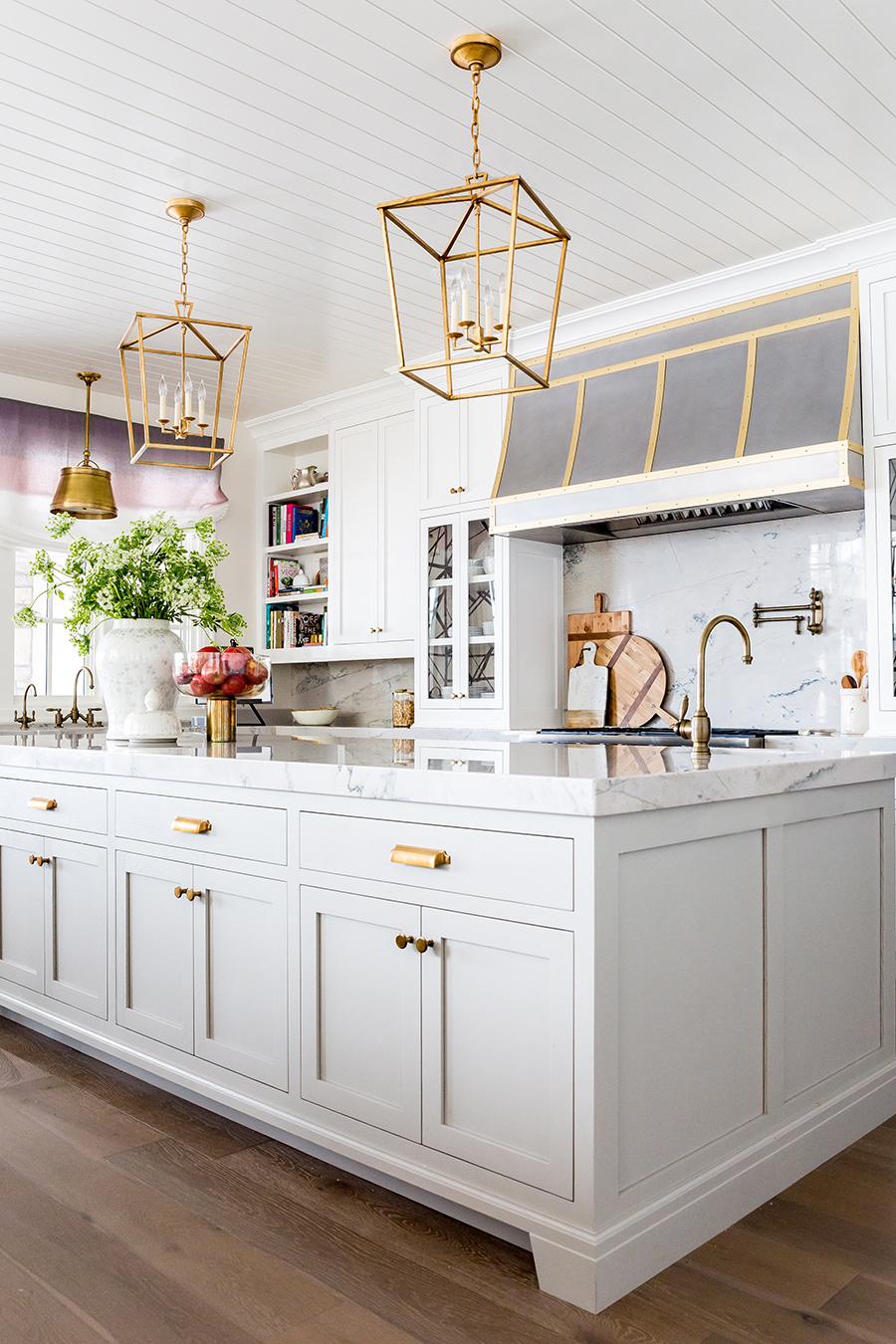 Blogger Ivory Lane Kitchen Cabinets Gold Hardware Home Design