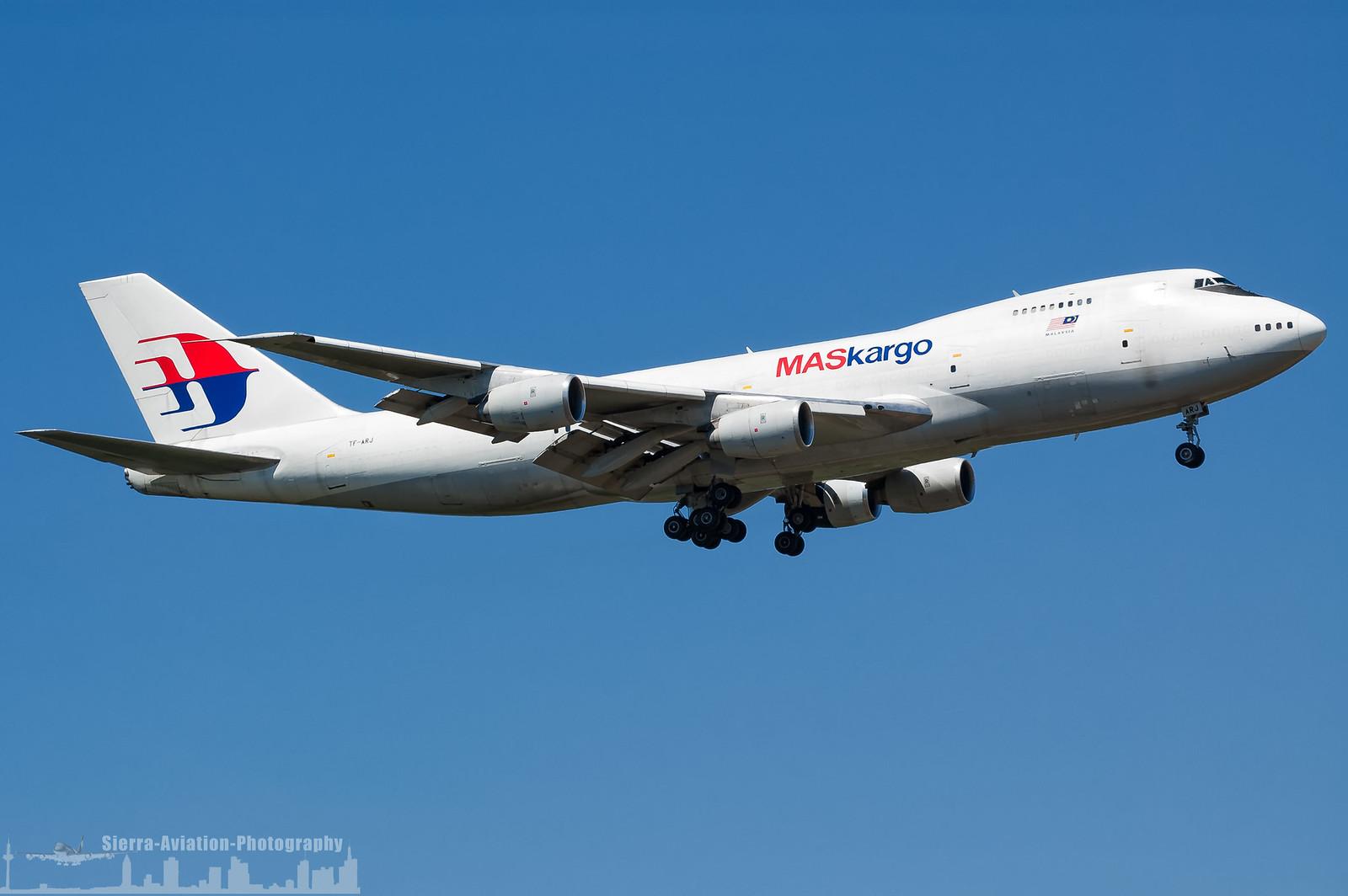 747 in FRA - Page 10 41736192460_e2fd000e7e_h