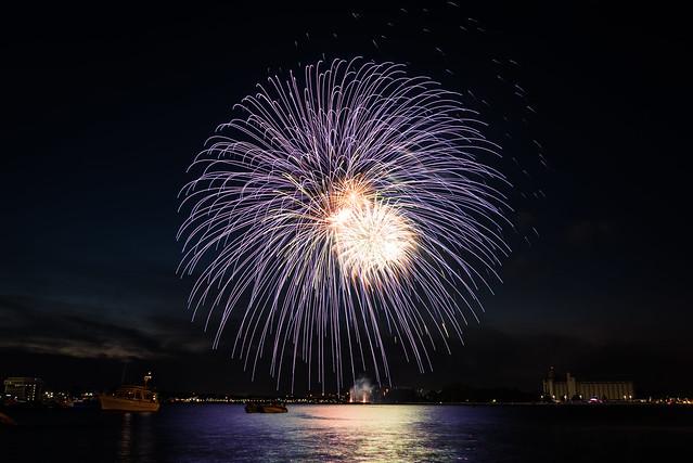 20180701 Canada Day Fireworks 47