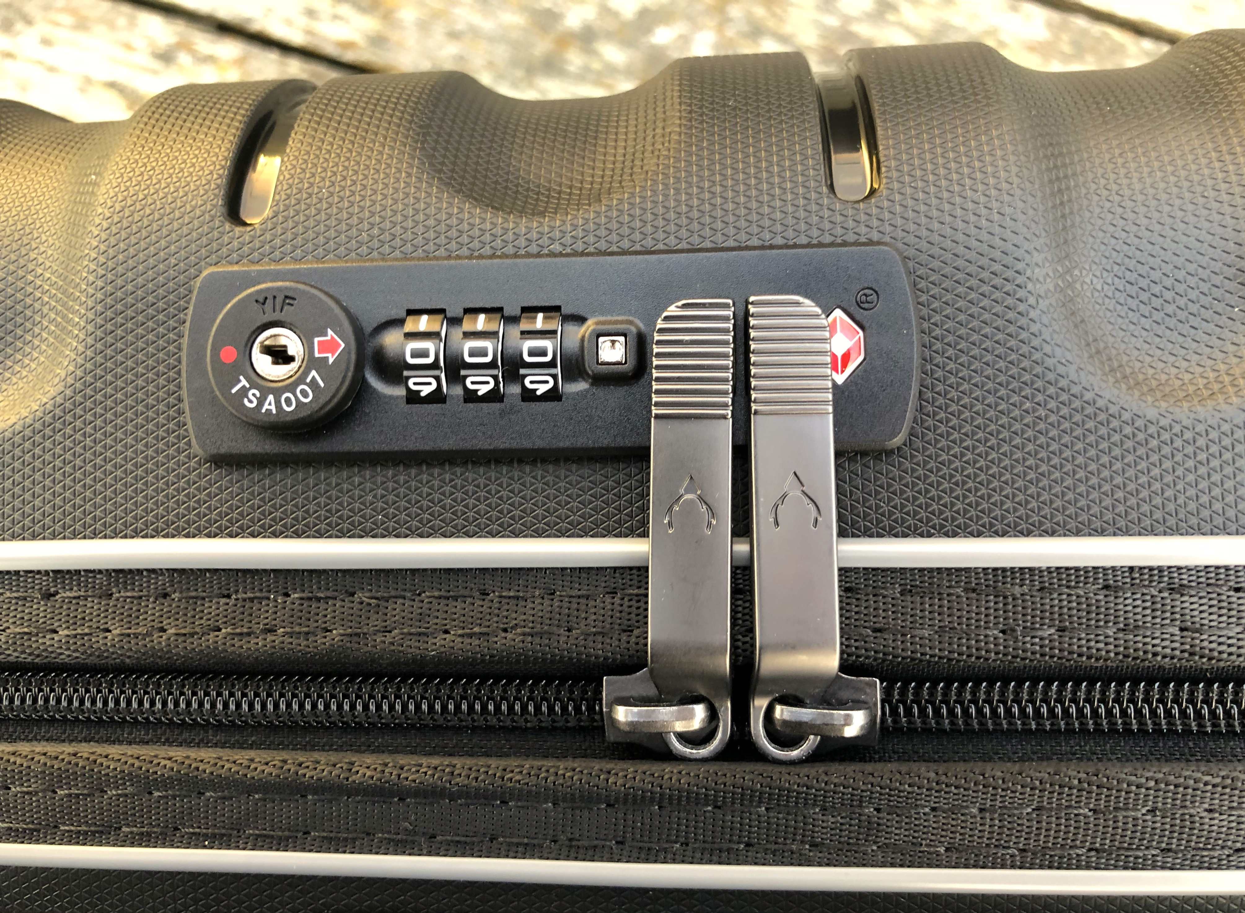 Antler Juno II suitcase set 10