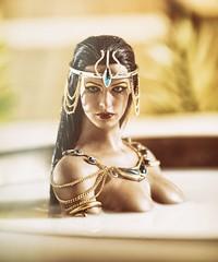 Cleopatra 8