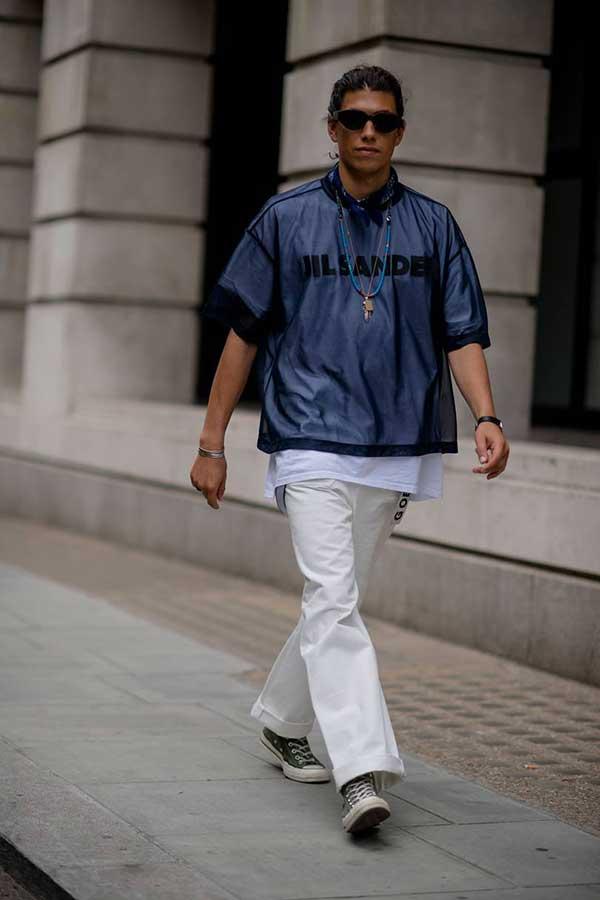 JIL SANDERメッシュTシャツ*白パンツ*オールスター黒