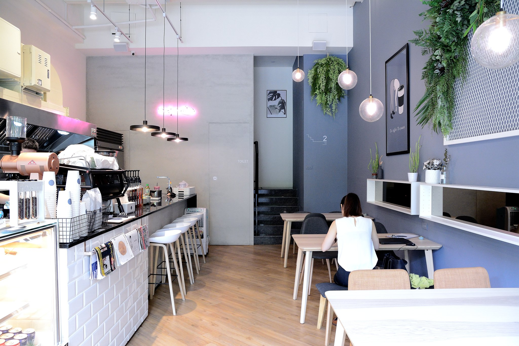 Bird n Tree cafe 001