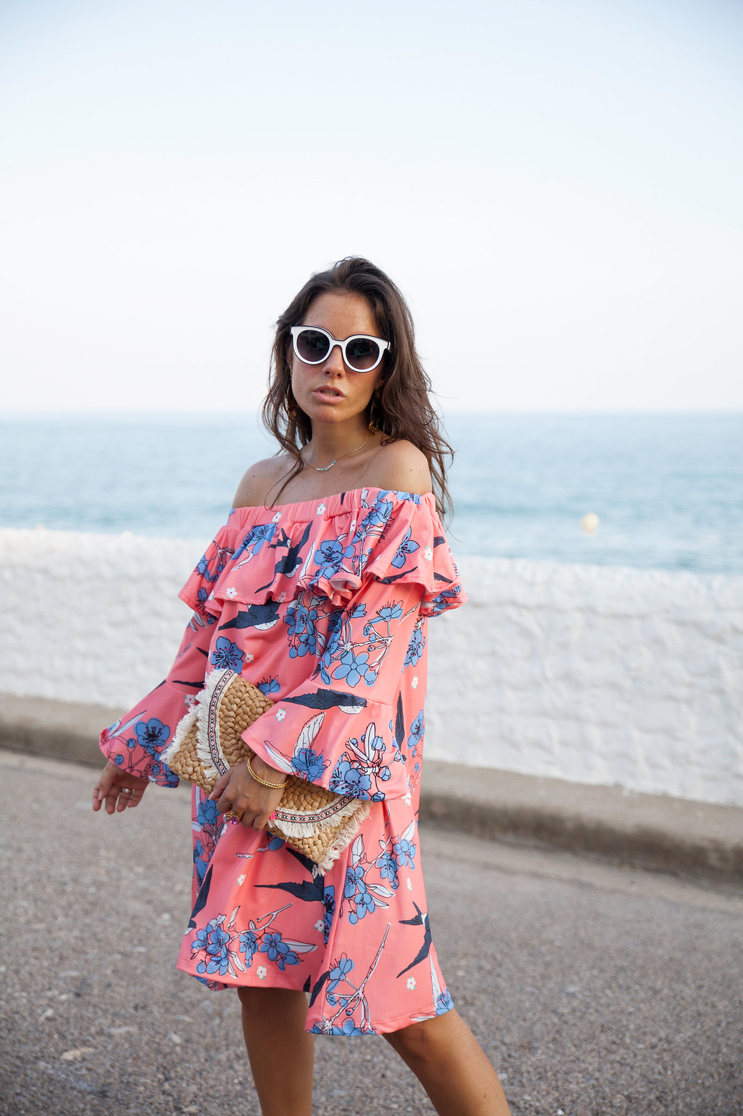 01_vestido_rosa_volantes_off_shoulder_theguestgirl_ruga_portugal_fashion_brand_denim_heels