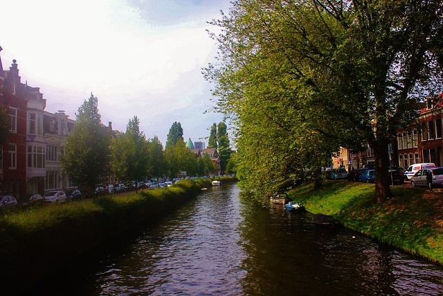 By the canal, Canon EOS REBEL T2I, Canon EF-S 18-55mm f/3.5-5.6 IS