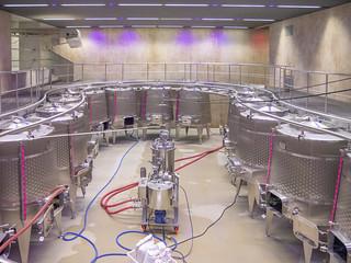Gärkeller im Weingut Walch