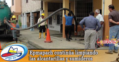 Epmapach continúa limpiando las alcantarillas y sumideros