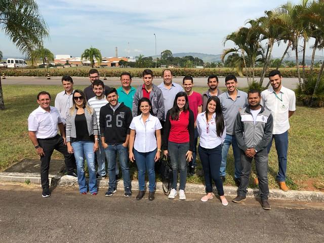 Alunos do curso do CCCMG realizam visita técnica no Café Bom Dia
