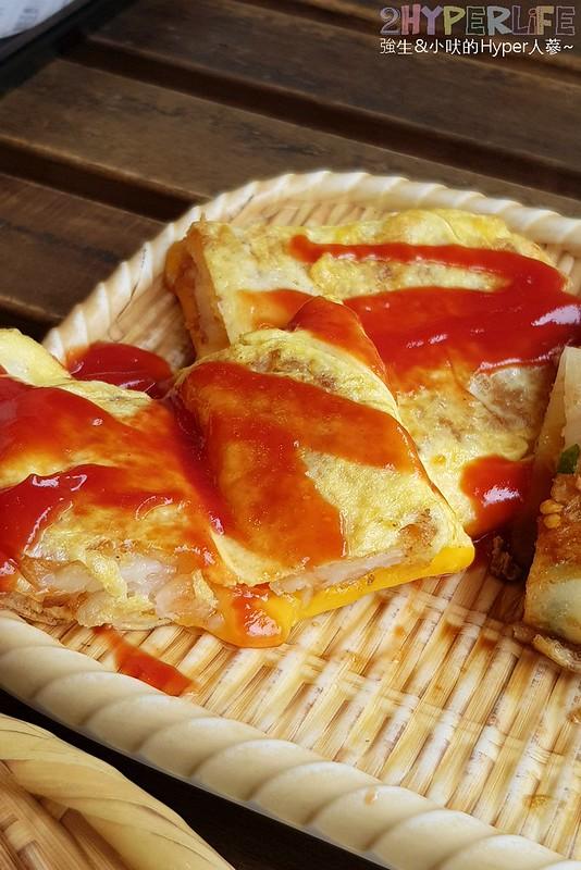 42473664875 a80fcf62f2 c - 從路邊攤起家賣到開店面的銅板價古早味蛋餅,也是一中商圈人氣排隊之一!