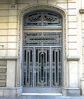 Door, Barcelona
