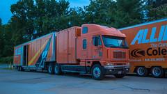 Freightliner Argosy w/ drom box