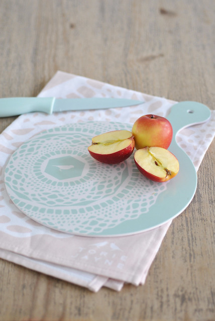 Opal Blue 'Maisy' chopping board