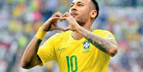 Ronaldo: Neymar bisa menjadi yang terbaik