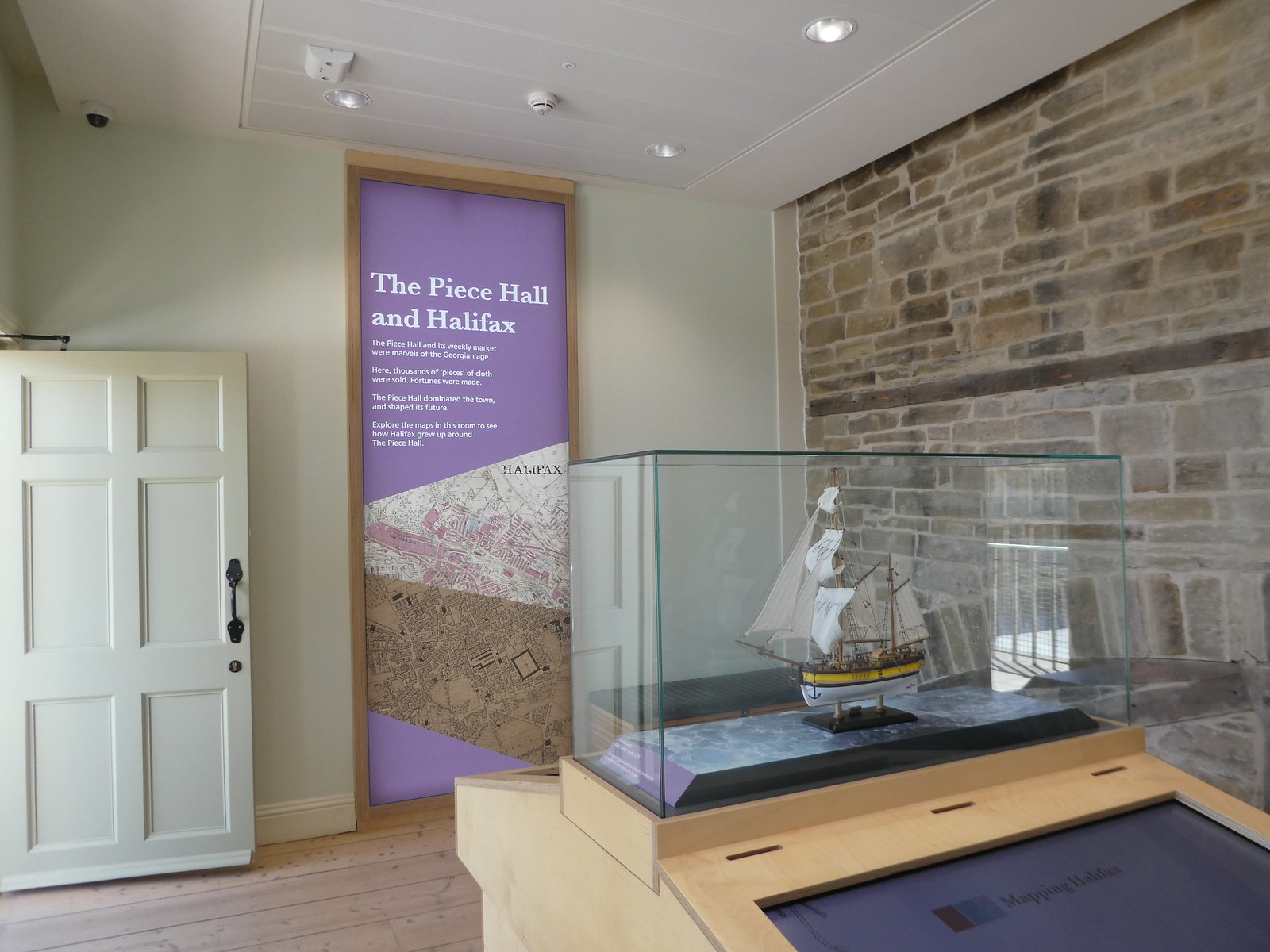 The Piece Hall, Halifax