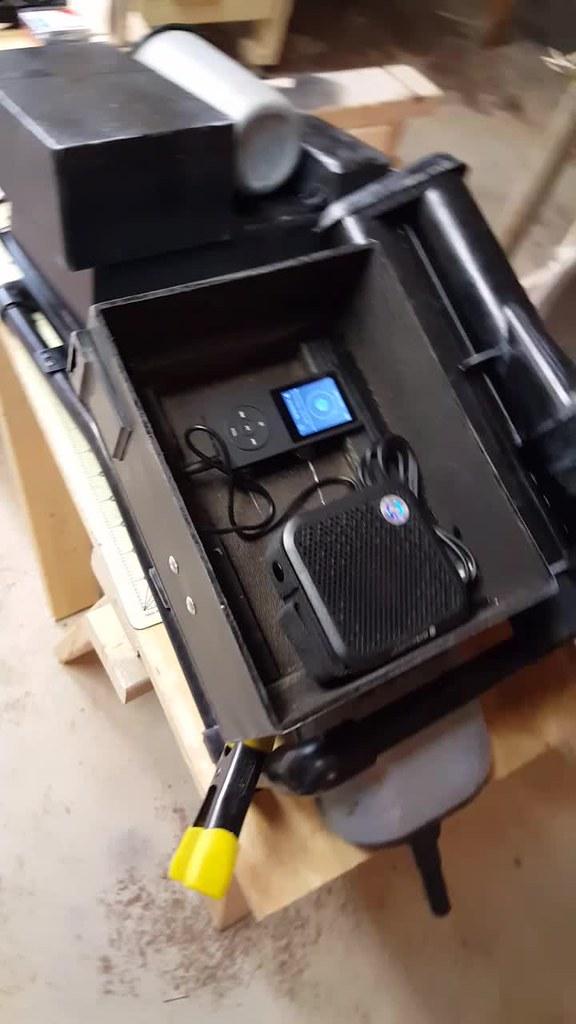 Sandtrooper radio