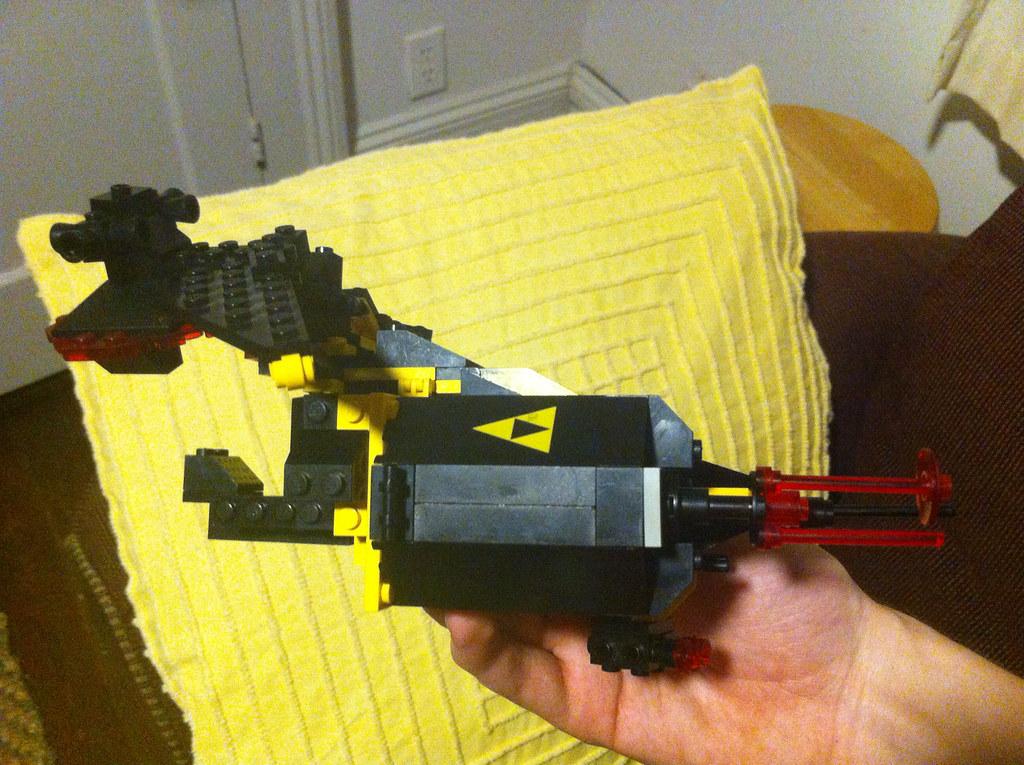 Blacktron Gunship WIP: Side view