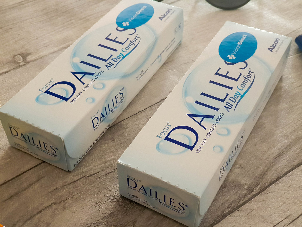 3d88c36da254 The disposable dailies contacts such as Focus Dailies One Day are easy to  store and transport in your luggage