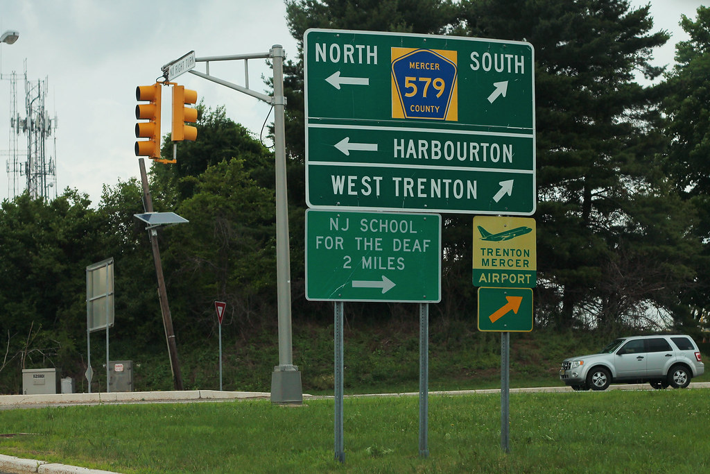 I-95 North Ramp - Exit 2 - CR579 Sign TTN Airport | I like t