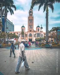 Parque de #Machala #Ecuador #ProyectoEcuador2018 #church #AllYouNeedIsEcuador