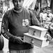 Vendedor de cajas por Marcos Núñez Núñez