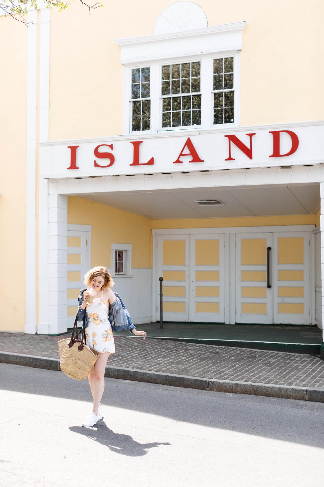 Oaks Bluff Marthas Vineyard on http://juliettelaura.blogspot.com/
