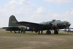 Boeing B-17 USAAF 124485 Memphis Bell (G-BEDF)