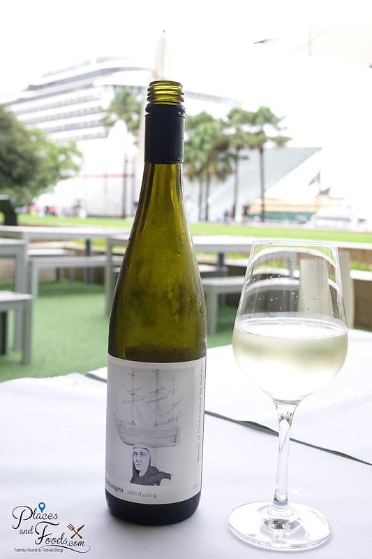 graze mca wine