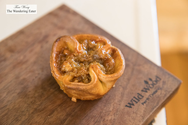 Walnut butter tart