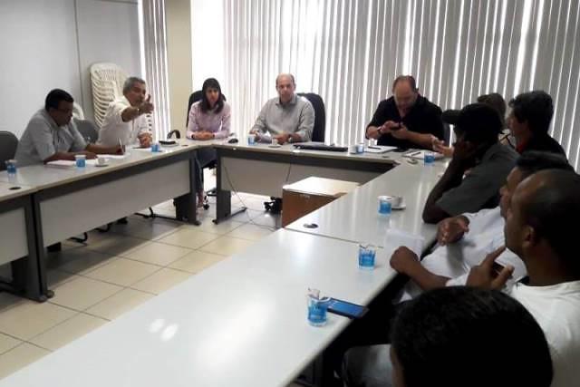 Reunião na Prefeitura de Governador Valadares