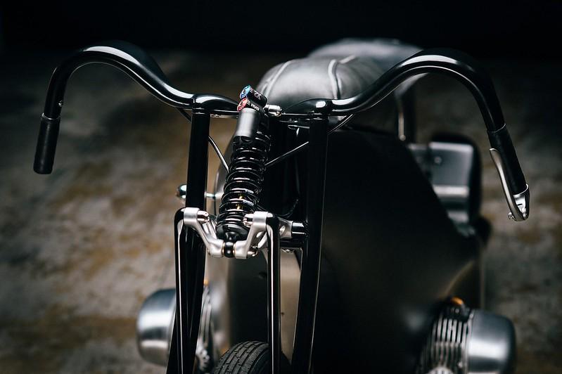 Custom-BMW-Motorcycle-9