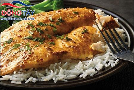 Cá là thực phẩm tuyệt vời cho những người mắc bệnh tim mạch