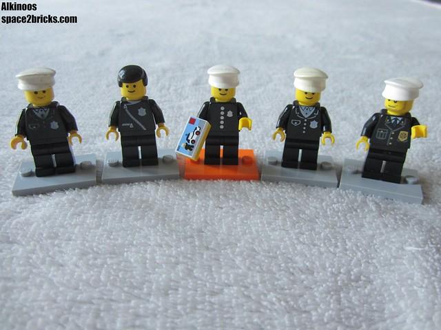 Lego minifigures S18 Policeman p2
