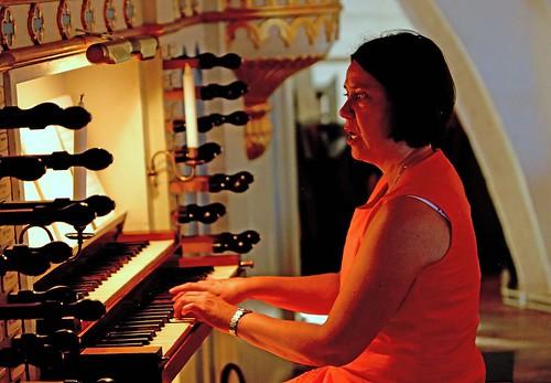 Organist Charlotte Svensson