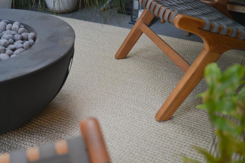 new outdoor rug