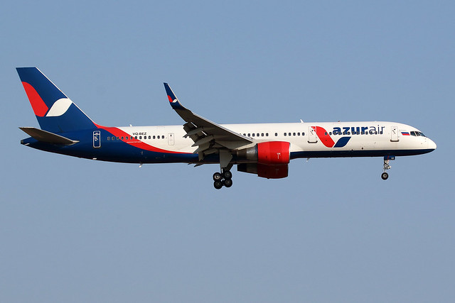 AZURAIR / Boeing   B 757-200 WL   VQ-BEZ / LEBL - BCN / juin 2018