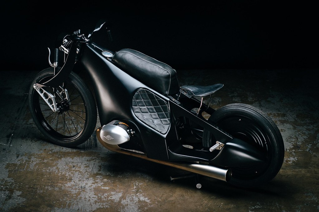 Custom-BMW-Motorcycle-21
