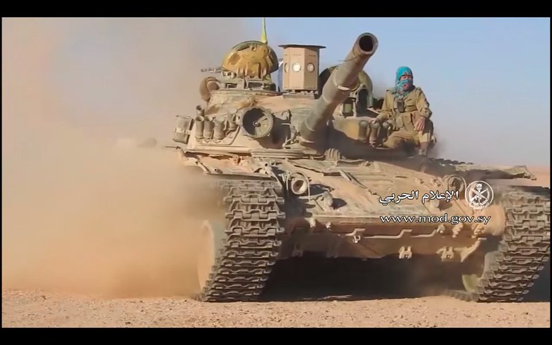 SARAB1-T72-shia-militia-south-of-palmyra-c2017-sh-1