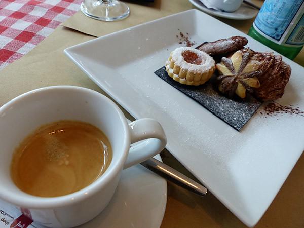 petit café gourmand