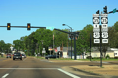 US278 MS6 West - MS35 US51 Signs - Batesville