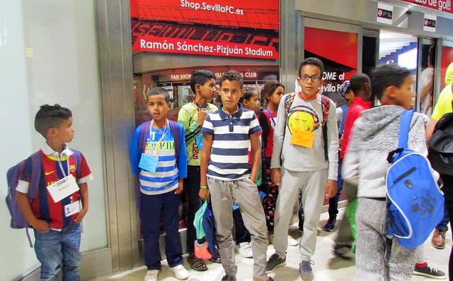 Llegada a Sevilla de los niños saharauis de Vacaciones en Paz 2018