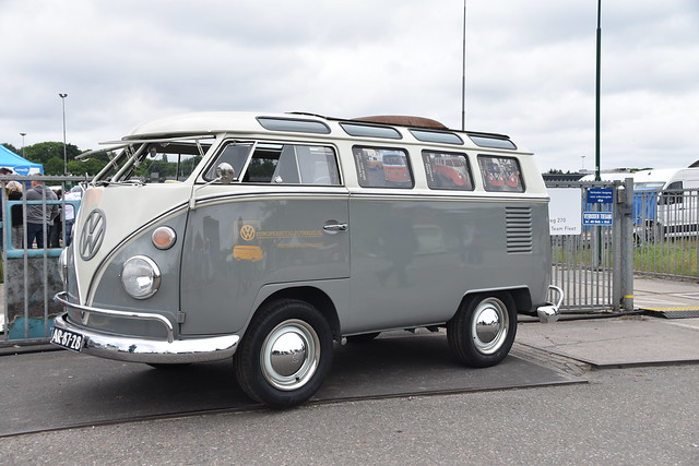 VW T1 Splitscreen shorty