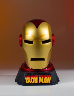 鋼鐵人迷必收的超硬派配備!! Gentle Giant Marvel Comics【鋼鐵人頭盔桌上小物】Iron Man Helmet Desk Accessory